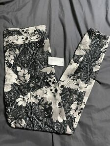 TC LuLaRoe Tall & Curvy Leggings Black White Gray Floral  New Print NWT