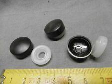 cache vis en plastique NOIR diamètre 20 mm à clipser (lot de 4) (réf PN)