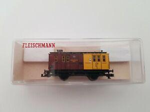 FLEISCHMANN 8820 dans son emballage