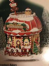 Dept 56 NORTH POLE GRANDMA'S BAKERY Christmas Snow Village House 05841