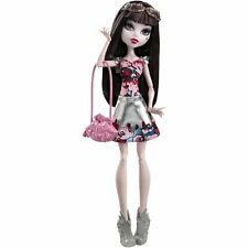 DRACULAURA BOO YORK BOO YORK MONSTER HIGH DOLL