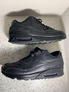 Nike Air Max 90 Black Leather Low-Top Sneakers 302519-001 Men's 10