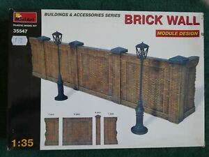 MiniArt 1/35 scale brick wall module design and lamp-posts etc UNMADE MODEL KIT
