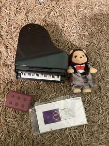 Calico Critters #CC33025 Town Grand Piano Concert Set Lionel Lion 100% Complete