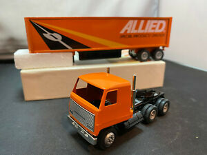 Winross Allied Van Lines COE Tractor Truck With Trailer 1/64 Diecast
