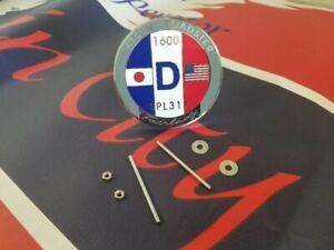 Datsun Roadster 1600 Grille Badge
