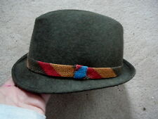 """VINTAGE BOYS YOUNG MANS ALL WOOL CHARCOAL GREEN BRIM HAT with FLAPS 4.5"""" Crown"""
