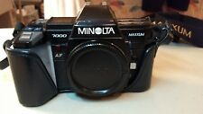 Minolta Maxxum 7000 35mm SLR Film Camera w/Leather OEM Case
