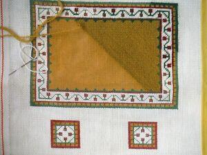 Vintage Dollhouse Miniature Carpet Rug Kit Needlepoint with 2 Cushions P1014