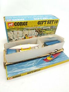 Corgi Gift Set 10 Marlin Rambler & Trailer Nr Mint Boxed w/fig & Kayak original