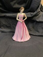 Royal Doulton Figurine Pretty Ladies Tender is the Heart Signed