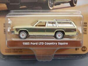 Greenlight Estate Wagons S1 1985 Ford LTD Crown Vic Wagon GREEN MACHINE MOMC