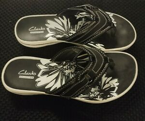 CLARKS COLLECTION BLACK AND WHITE FLIP FLOPS SIZE 6