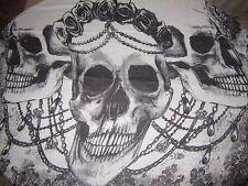 foulard,chèche,écharpe têtes de mort et chaine biker,country,mode,doux,105 x 190