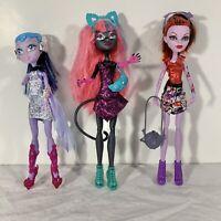 Monster High Lot of 3 Dolls Boo York Catty Noir Operetta Astranova (missing arm)