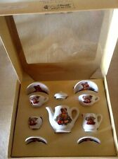 "STEIFF ""MINI PORCELAIN SET"" EAN 613746 MINIATURE TEA SET WITH BEAR DECOR"