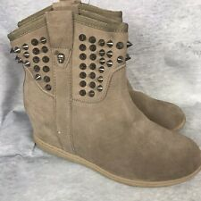 Skechers SKCH+3 Taupe Leather Studded Wedge Ankle Boots Size 9 B Studded