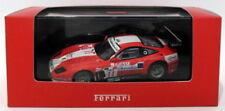 Voitures miniatures de tourisme rouge IXO pour Ferrari