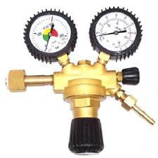 Gas Druckminderer mit Absperrventil Argon CO2 MIG MAG WIG Schutzgas Schweißgerät