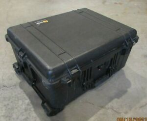 Pelican 1610 Protector Case Hard Wheeled Rolling Travel Case - Used