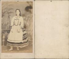 Verneuil, Boulogne, actrice en costume paysan, à identifier Vintage CDV albumen