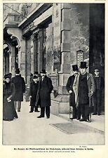 Dr.Kuyper vor dem Bristol Hotel in Berlin  Bilddokument 1902