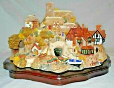 1989 Lilliput Lane 'St Peters Cove' Ltd Edition No.0684 of 3000.