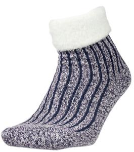 BNWTS  Women's Field and Stream - Yaktrax Cozy Cabin Fold Down Ribbed Socks