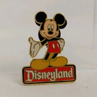 Disney DLR Disneyland Character Sign Series Mickey Mouse Pin # 186