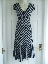 A Womens Size 12 Dress LADIES WORK SUMMER EVENING SMART FORMAL STRETCH TEXTURED