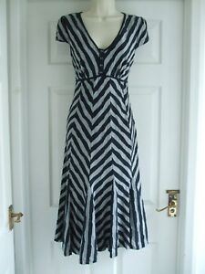 A. Womens Size 12 Dress LADIES WORK SMART STRETCH TEXTURED SUMMER CASUAL MIDI