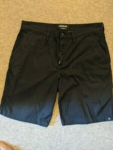 Quiksilver Shorts Black Size 34