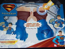 NEW 2006 MATTEL SUPERMAN RETURNS PUNCH N CRUSH GLOVES ELECTRONIC HERO COMICS TOY