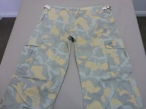 129 WOMENS EX-COND RUSTY GREY CAMO CARGO PANTS SZE 14 $100 RRP.
