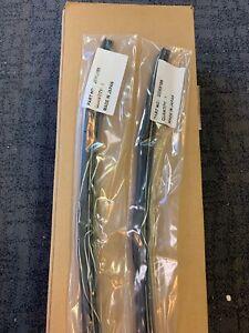 "GM OEM Wiper Front Wiper Blade 23368186 Set Of 2 - 24"""