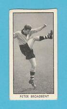FOOTBALL - D.C. THOMSON / WIZARD - FOOTBALLER CARD -  PETER  BROADBENT  -  1956