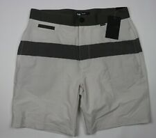 """NWT Hurley Regular Fit Grey White Striped Lounge Short 18"""" Length Size 28"""