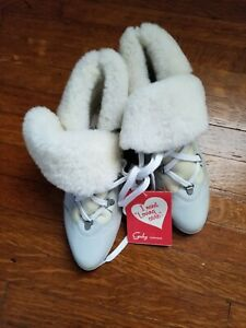 New with tags La Canadienne  Womens Boots size 8  Made in Canada winter fur