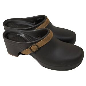 CROCS Sarah Belted Clogs 203631 Women's 10 Brown w/ Tan Suede Leather Strap