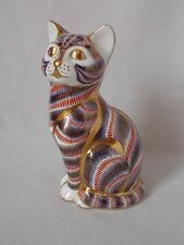 ROYAL CROWN DERBY 5 INCH HIGH CAT PAPERWEIGHT DATED 1991