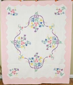 BEAUTIFUL Vintage 30's Floral Applique Antique Quilt ~NICE PASTEL COLORS!