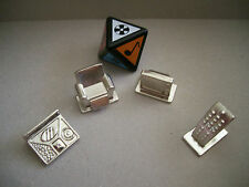 4 Metal Tokens & 8-sided die from Scene It TV Edition Game - TV, Chair, Dinner,