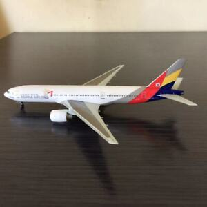 1/400 Asiana Airlines Boeing B777-200 Airplane Diecast Model