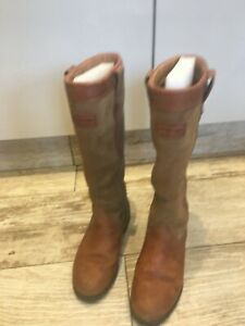 hunter balmoral country boots size 4 used a couple of times and outgrown
