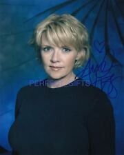AMANDA TAPPING CAST SIGNED PP PHOTO STARGATE SG1 carter