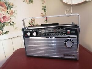 Grundig Music Boy de Luxe 205 AM/FM/LW/SW  (tested)