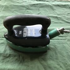 Vintage gas iron   the rhythm radiation very old