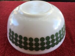 Vintage Pyrex GREEN POLKA DOT 4 Quart Mixing Bowl #404