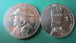 Medal GDR Mining Freiberg 1988 Mountain And Hut Parade 2 Piece IN UNC (6837)