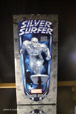 Silver Surfer estatua-Action versión-bowen Designs-en su embalaje original